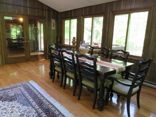 Raised Ranch, Single Family - Gouldsboro, PA (photo 4)
