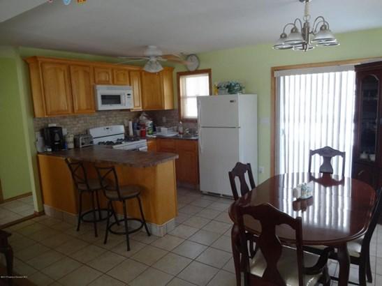 Contemporary, Single Family - Clifton, PA (photo 5)