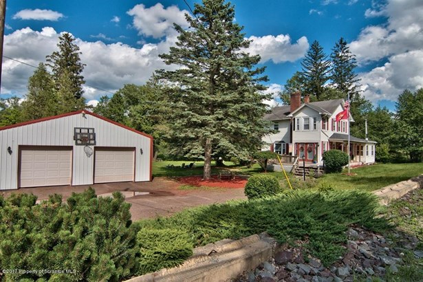 Farm House, Single Family - Lake Ariel, PA (photo 2)