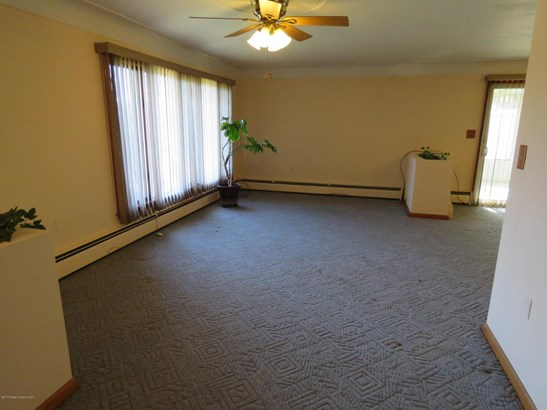 Ranch, Single Family - Carbondale, PA (photo 3)