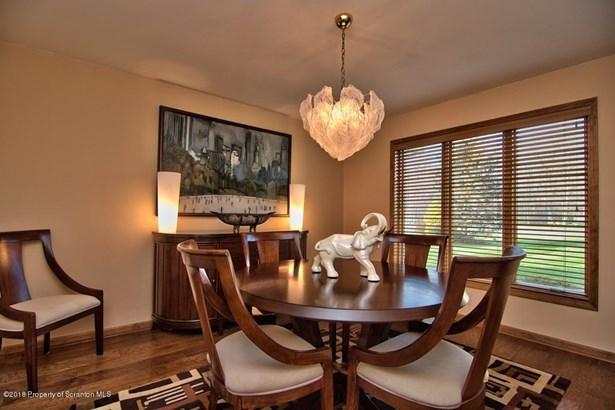 Contemporary, Single Family - Elmhurst, PA (photo 5)