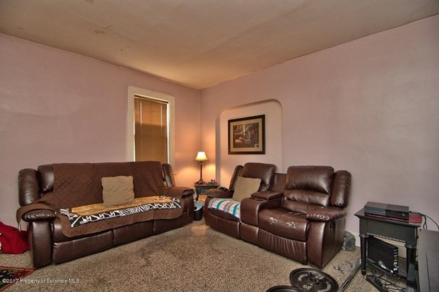 Traditional, Single Family - Dunmore, PA (photo 4)