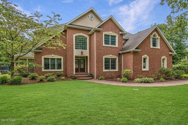 Traditional, Detached - Roaring Brook Township, PA