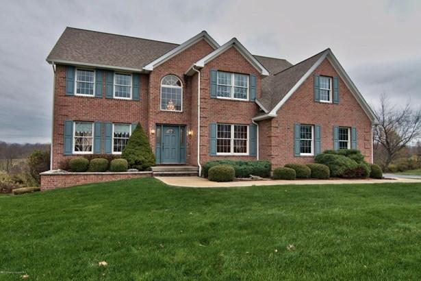 Colonial,Traditional, Single Family - North Abington Twp, PA