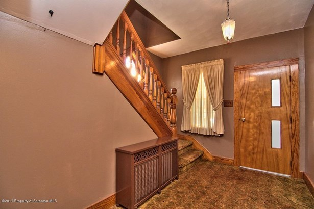 Colonial, Single Family - Jessup, PA (photo 3)