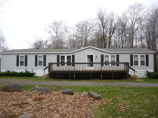 Mobile Home, Residential - Gouldsboro, PA (photo 2)