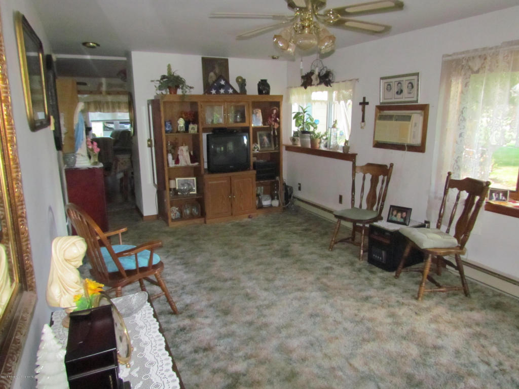 Bungalow, Single Family - Nicholson, PA (photo 4)