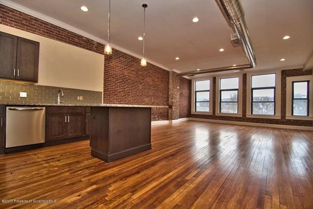Residential Lease, Apartment - Scranton, PA (photo 1)