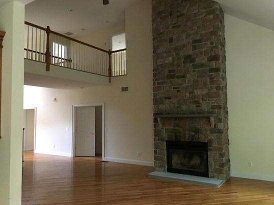 Detached, Colonial,Contemporary - Hawley, PA (photo 4)