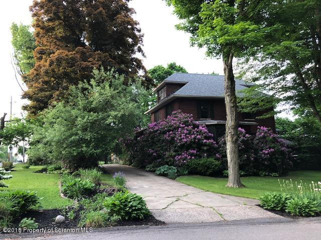 Colonial,Traditional, Single Family - Clarks Green, PA (photo 3)