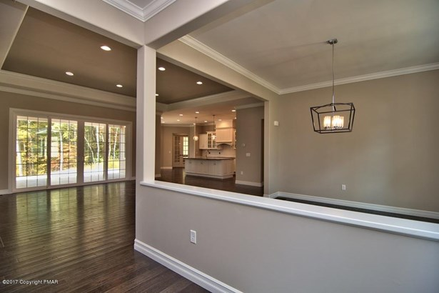 Contemporary,Ranch, Detached - Roaring Brook Twp, PA (photo 4)