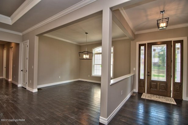 Contemporary,Ranch, Detached - Roaring Brook Twp, PA (photo 5)