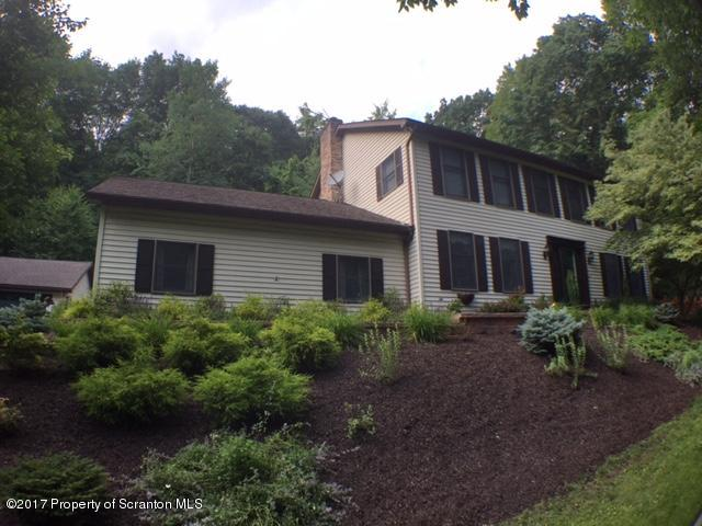Colonial, Single Family - Clarks Summit, PA (photo 3)