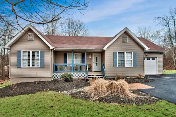 Ranch,Traditional, Single Family - Long Pond, PA (photo 1)