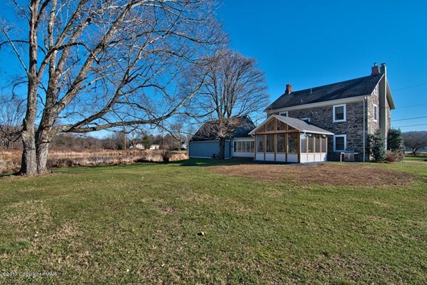 Farm House,Traditional, Detached - East Stroudsburg, PA (photo 2)