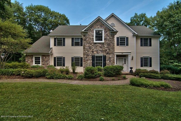 Colonial, Single Family - Clarks Summit, PA