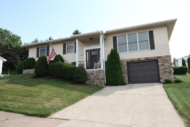 Bi-Level, Single Family - Dunmore, PA (photo 1)