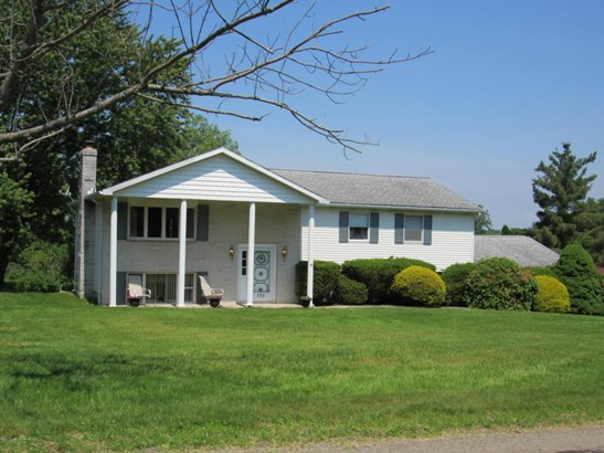 Bi-Level, Single Family - Clarks Summit, PA (photo 2)
