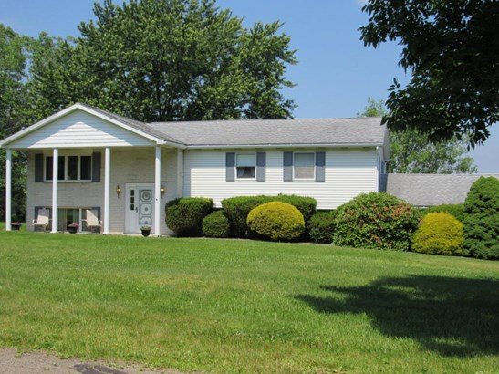 Bi-Level, Single Family - Clarks Summit, PA (photo 3)