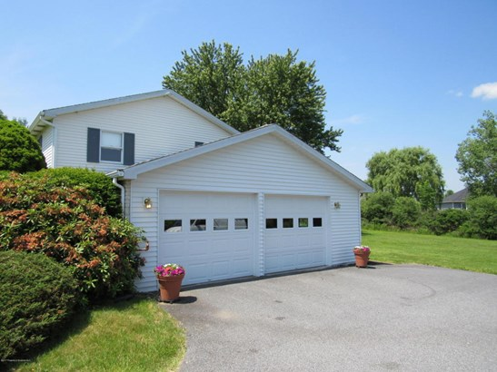 Bi-Level, Single Family - Clarks Summit, PA (photo 4)