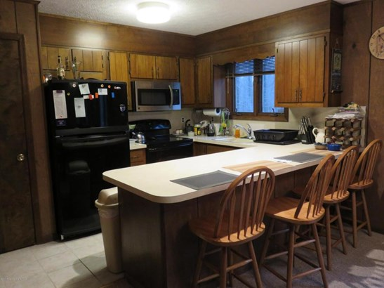 Contemporary, Single Family - Gouldsboro, PA (photo 3)