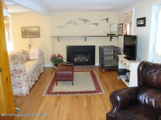Cape Cod, Single Family - Tunkhannock, PA (photo 4)
