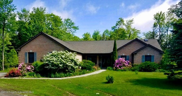 Ranch, Single Family - Tobyhanna, PA