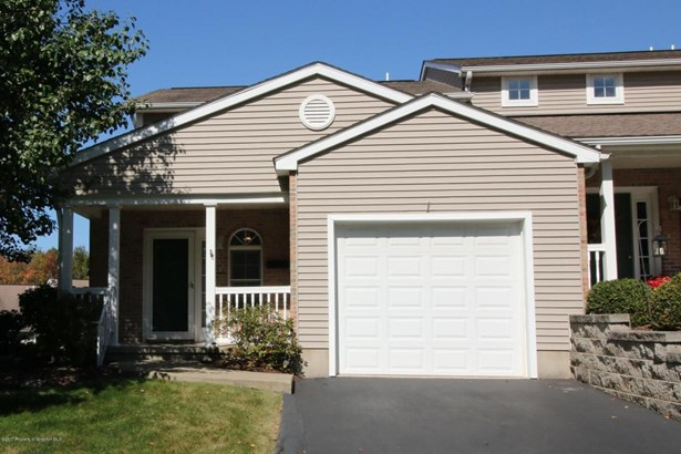 Townhouse, Traditional - Clarks Summit, PA (photo 1)