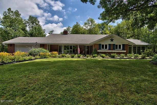Ranch,Traditional, Residential - Elmhurst, PA (photo 1)