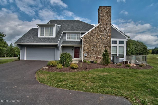End of Row,Townhouse, Contemporary - Skytop, PA (photo 1)