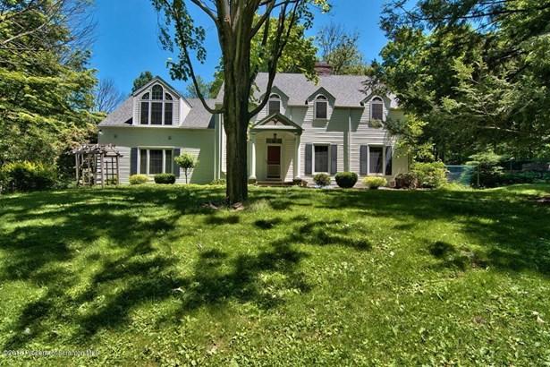 Colonial, Single Family - Glenburn Twp, PA