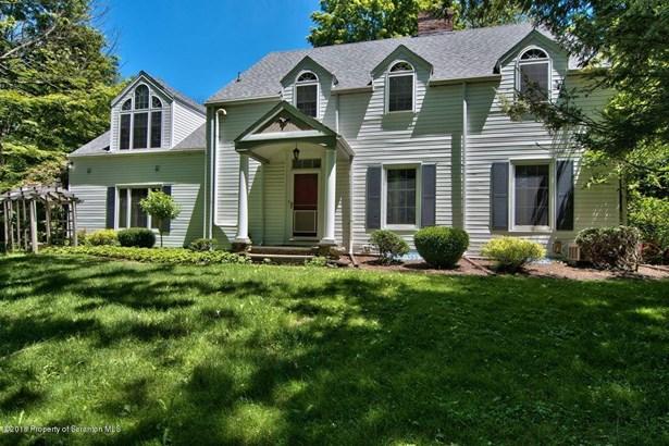 Colonial, Single Family - Glenburn Twp, PA (photo 3)
