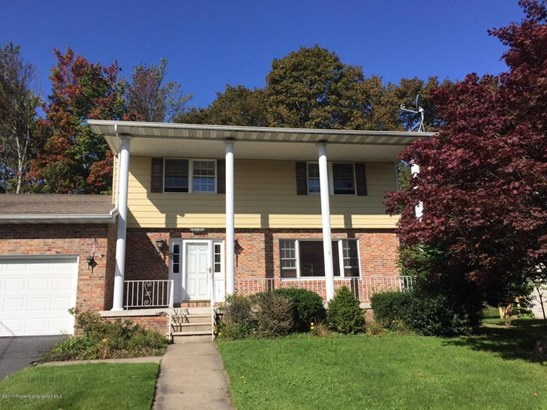 Traditional, Single Family - Clarks Summit, PA (photo 2)