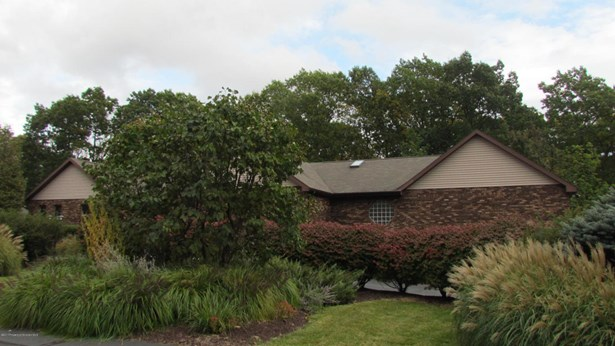 Ranch, Single Family - South Abington Twp, PA (photo 1)