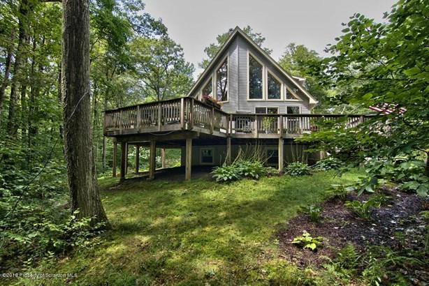 Chalet,Contemporary, Single Family - Tobyhanna, PA