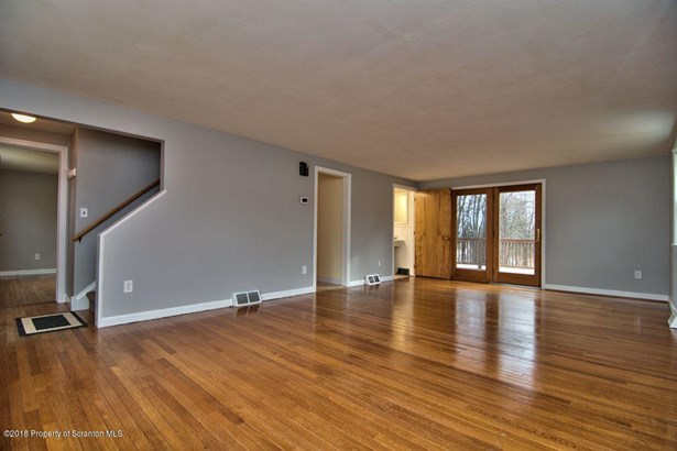 Residential Lease, Cape Cod - Clarks Summit, PA (photo 4)