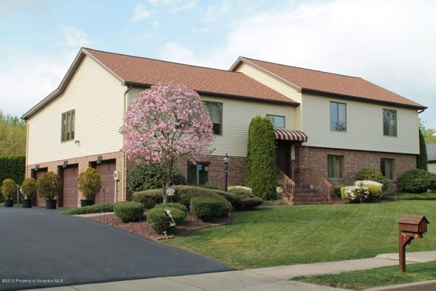 Split Level, Single Family - Wilkes-Barre, PA (photo 1)
