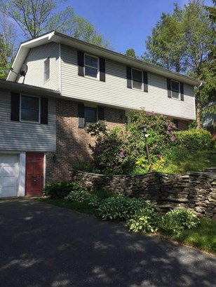 Traditional, Single Family - Clarks Summit, PA (photo 3)