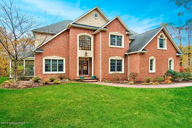 Traditional, Detached - Roaring Brook Twp, PA