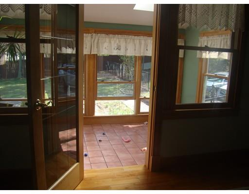 838 Middle Rd, Acushnet, MA - USA (photo 4)