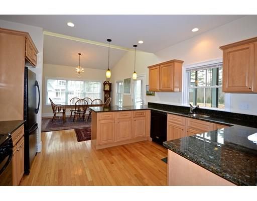 52 Hathaway Pond Cir 52, Rochester, MA - USA (photo 4)