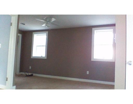 2063 Elm St, Dighton, MA - USA (photo 4)