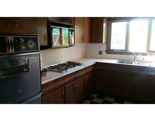 840 Centre St, Middleboro, MA - USA (photo 2)