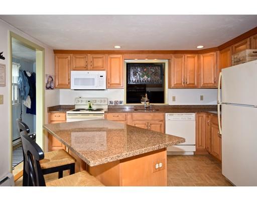 190 Williston Rd, Bourne, MA - USA (photo 3)