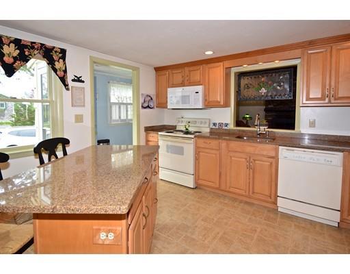 190 Williston Rd, Bourne, MA - USA (photo 4)