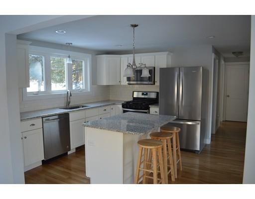 138 Rhode Island Rd, Lakeville, MA - USA (photo 3)