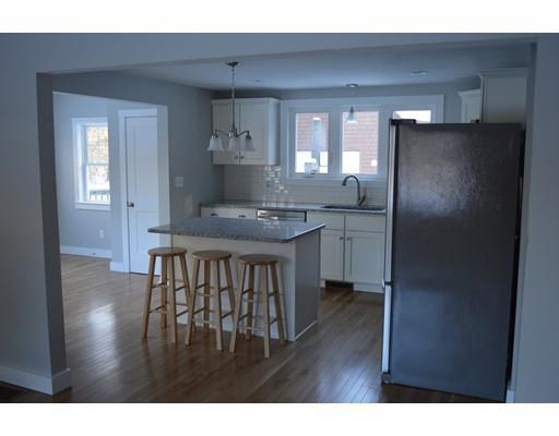 138 Rhode Island Rd, Lakeville, MA - USA (photo 5)