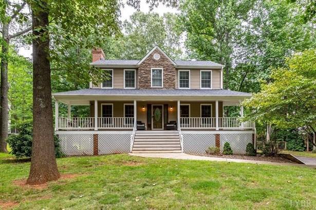 Farm House, Single Family Residence - Forest, VA