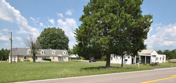 Cape Cod, Single Family Residence - Gladys, VA