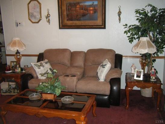 Single Family Residence, Doublewide - Gretna, VA (photo 3)